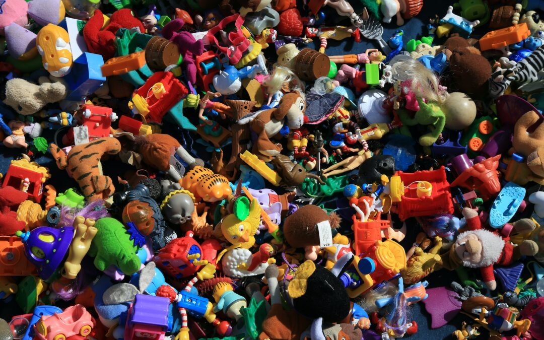 Politico: McDonald's Ditches Plastic for Happy Meals' Toys